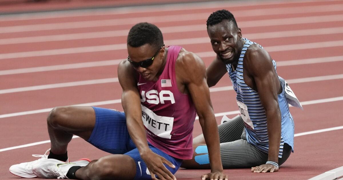 U.S. runner Isaiah Jewett devastated after falling during 800-meter semifinals