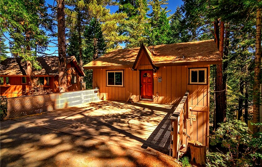 Cabin at 28474 Altamont Court in Lake Arrowhead