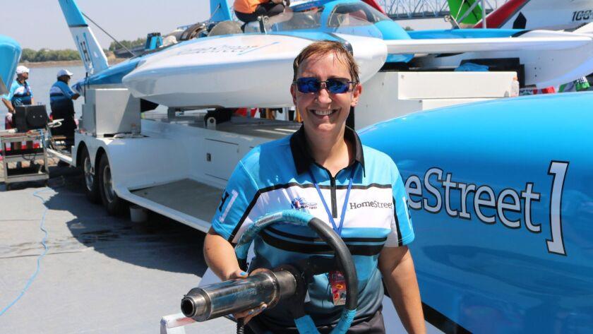 Cindy Shirley, hydroplane crew chief