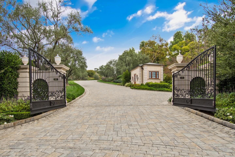Thomas Tull's Thousand Oaks compound | Hot Property