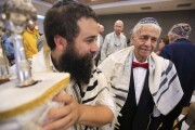San Diegan celebrates his bar mitzvah at 88
