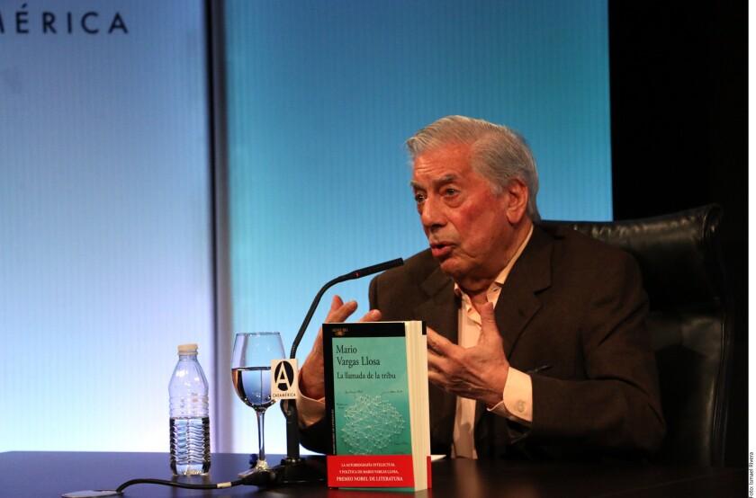 En la víspera del inicio de las campañas electorales en México, el Premio Nobel de Literatura Mario Vargas Llosa advirtió del suicidio democrático que cometerían los mexicanos de elegir como Presidente, en los comicios del 1 de julio, al candidato de Morena, Andrés Manuel López Obrador.