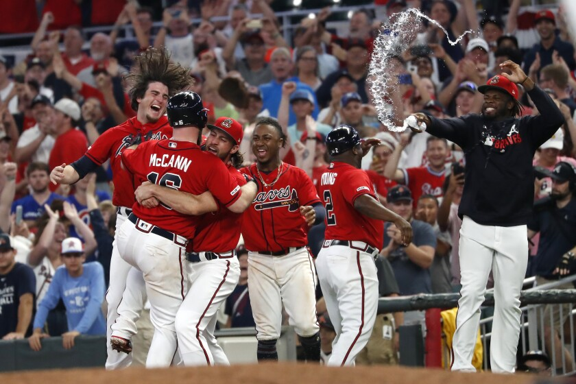 APphoto_Marlins Braves Baseball