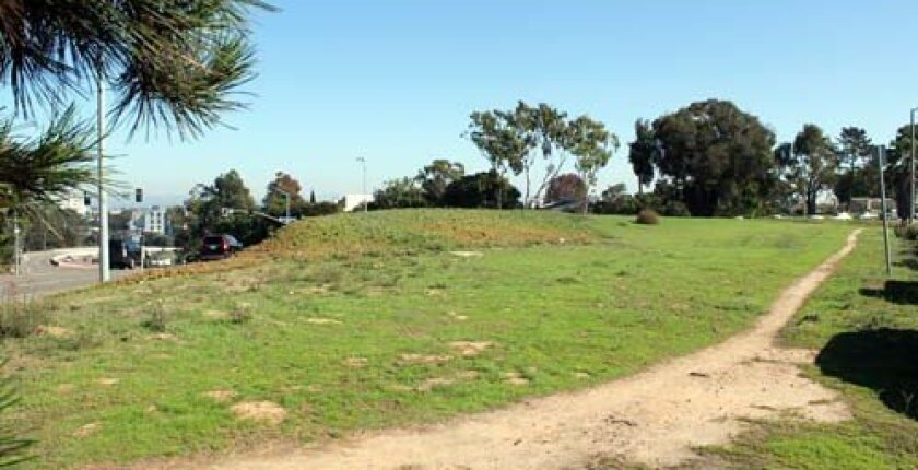 The property off La Jolla Village Drive is proposed for the Hillel Center. Photo: Dave Schwab