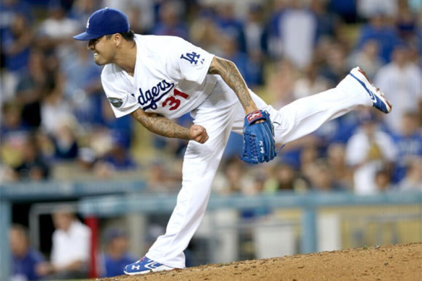Closer or not, Brandon League says he wanted to stay with Dodgers