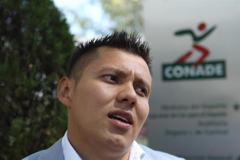 El mexicano Germán Sánchez, subcampeón olímpico de plataforma en Río de Janeiro 2016, sufrió hoy un accidente al ejecutar mal un clavado en un entrenamiento previo al Campeonato Nacional de Guanajuato, centro del país. EFE/ARCHIVO