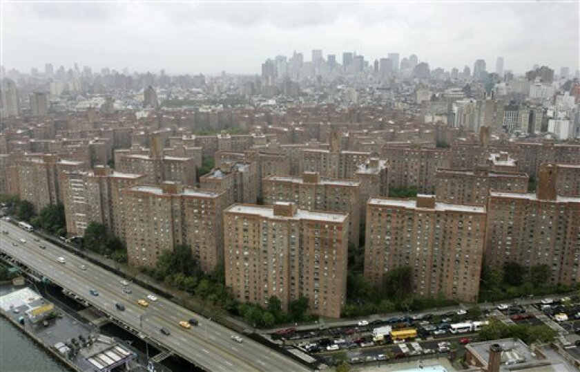 FILE - The Peter Cooper Village and Stuyvesant Town apartment complex is seen in New York in this Oct. 17, 2006 file photo.   The owners of two massive New York City apartment complexes that sold for a record $5.4 billion a few years ago are turning them over to their creditors, a spokeman for the
