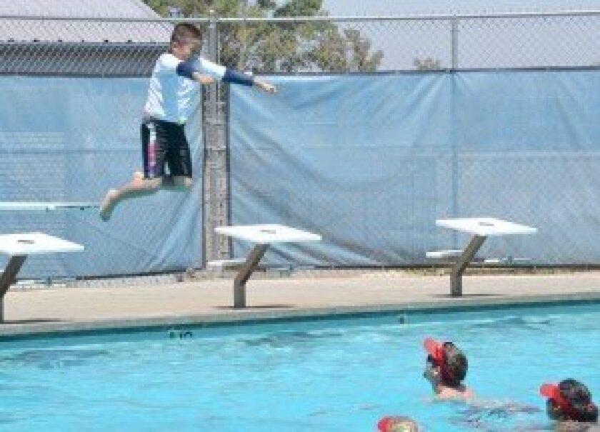 Splashin\' good times at Ramona community pool - Ramona Sentinel