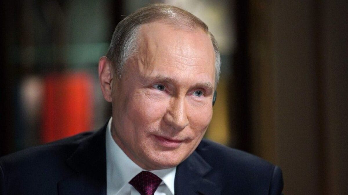 Vladimir Putin Again Denies Russia Meddled In The 2016 U S Presidential Election Los Angeles Times
