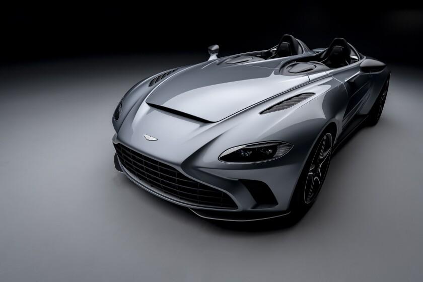 sd-ad-au-0315-Bentley-Bacalar-Aston-Martin-V12Speedster.jpg