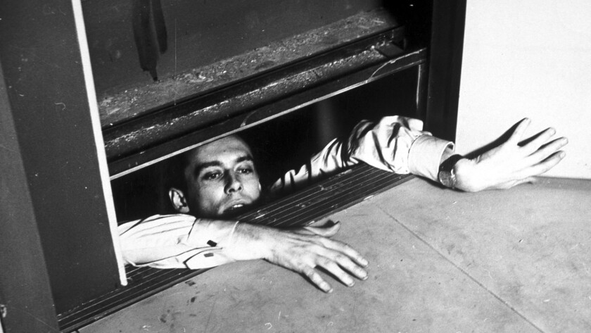 "Maurice Ronet, as Julien Tavernier in Louis Malle's ""Elevator to the Gallows."" (1961) Credit: Rialt"