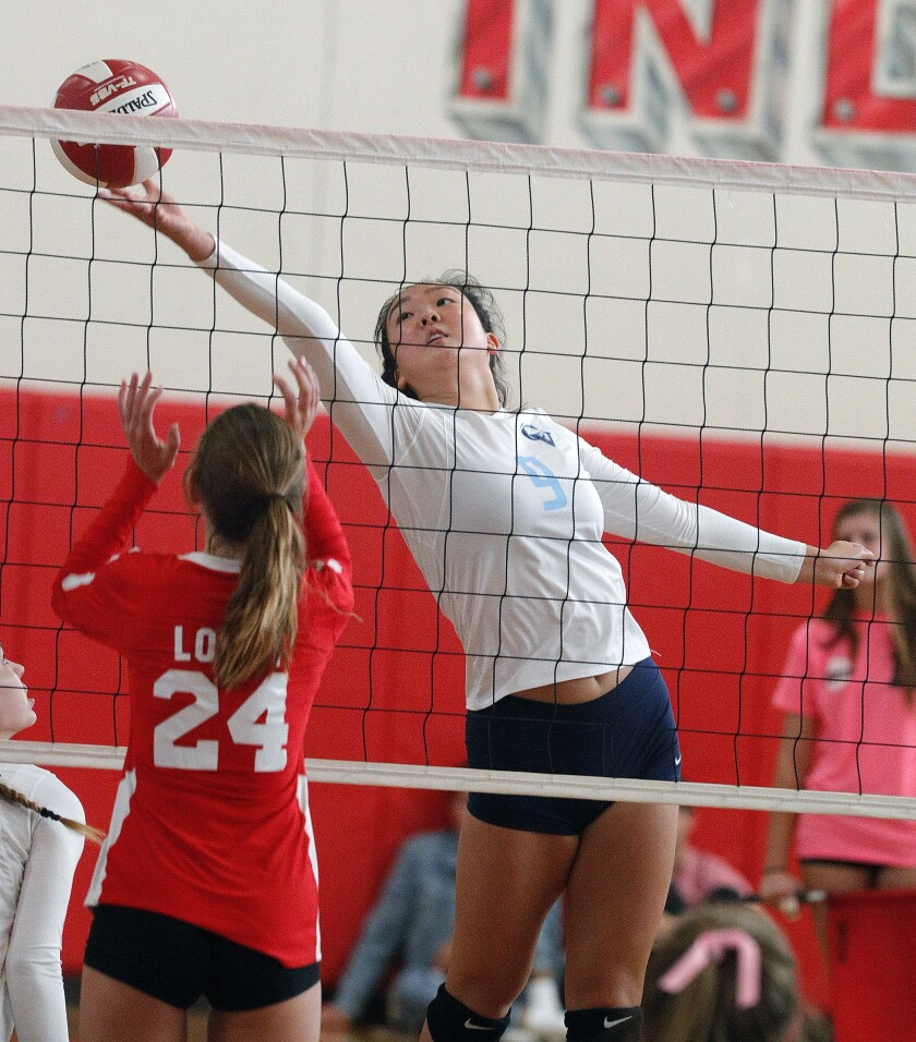 tn-blr-sp-burroughs-crescenta-valley-girls-volleyball-20191008-4.jpg