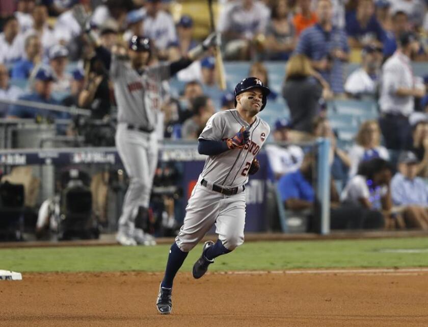 En la imagen, el segunda base venezolano, de los Astros de Houston, José Altuve. EFE/Archivo