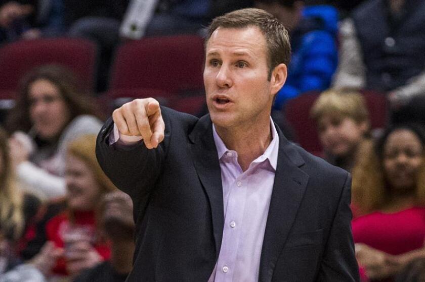 Los Bulls despiden a Hoiberg y el ayudante Boylen toma el cargo