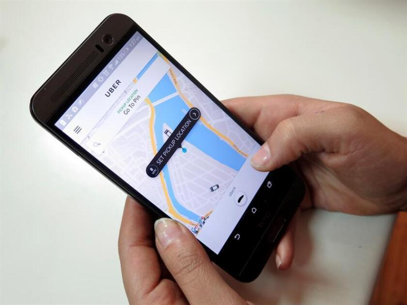 Uber trasladó hoy a Arizona los vehículos autónomos (sin conductor) de su plan piloto de San Francisco después de que el miércoles tuviera que suspender este programa experimental por las exigencias de los reguladores californianos. EFE/ARCHIVO
