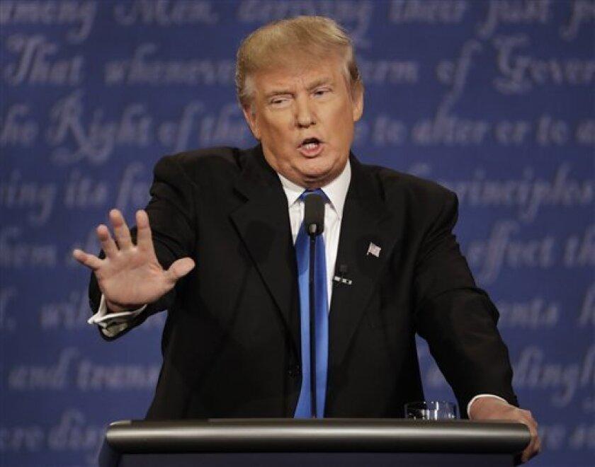 Un ex recaudador de fondos anti-Trump está· ofreciendo a los megadonantes del Partido Republicano que sienten vergüenza de apoyar al magnate que lo apoyen de manera anónima.