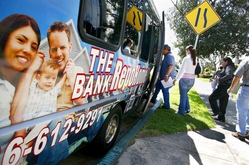 On the foreclosure bus: Touring bank-owned homes in the San Gabriel Valley