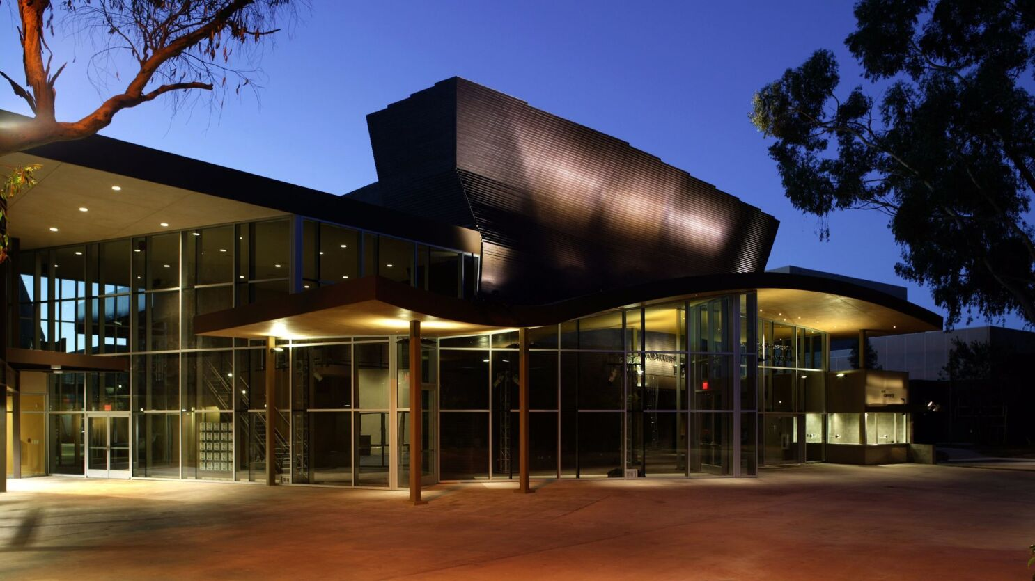 Uc San Diego Lays Off Theater Crew Staff Shared With Playhouse The