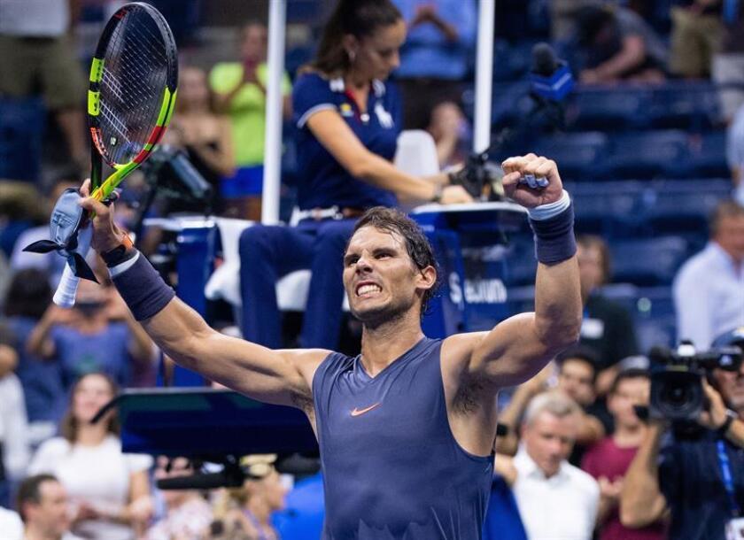 El tenista español Rafael Nadal celebra luego de derrotar a Vasek Pospisil de Canadá hoy, miércoles 29 de agosto de 2018, durante el tercer día de partidos el Abierto de Tenis de Estados Unidos 2018, en el Centro Nacional de Tenis USTA, en Flushing Meadows, Nueva York (EE.UU.). EFE