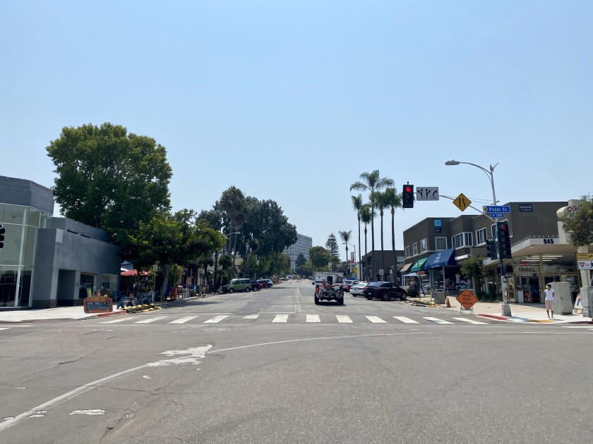 La Jolla Traffic & Transportation voted to recommend that San Diego study the intersection at Pearl Street and Girard Avenue.