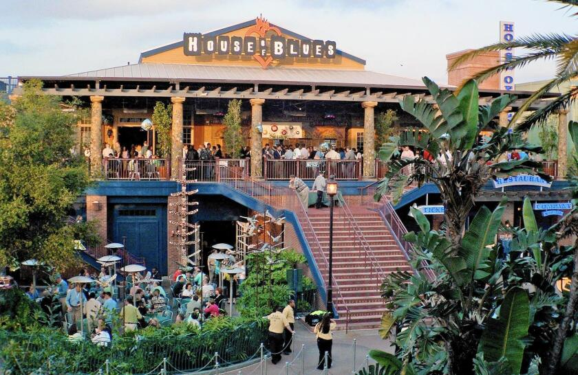 The Anaheim House of Blues during its opening year, 2001.
