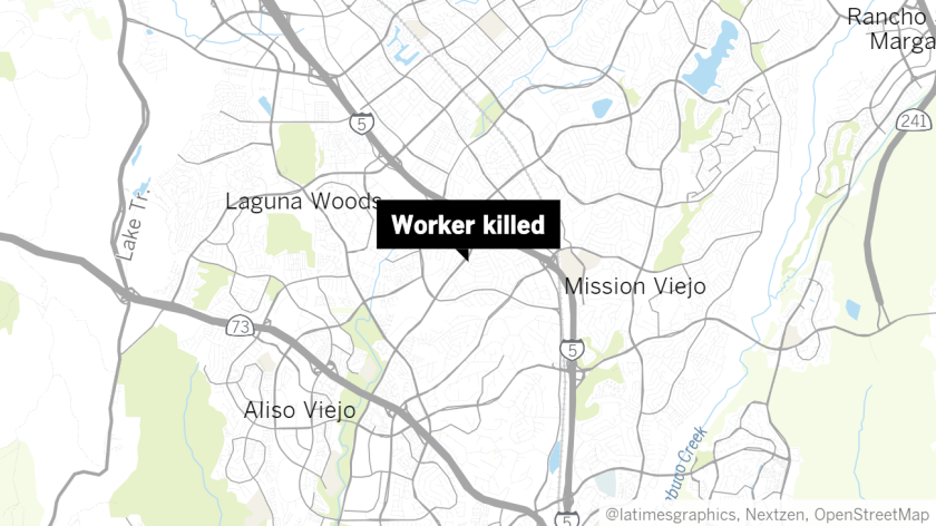 Worker dies after being trapped in tree in Laguna Hills