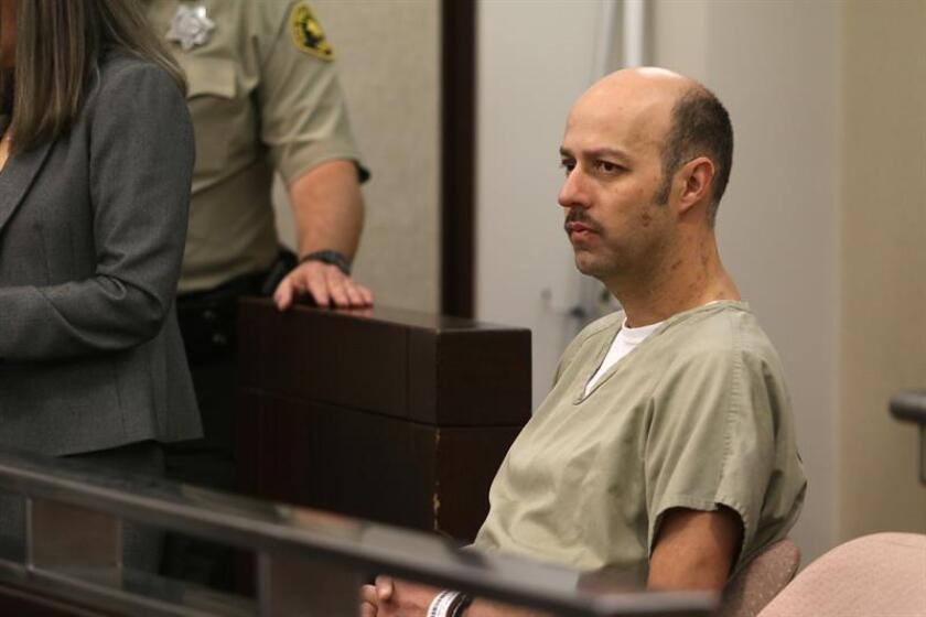 El ex lanzador de la Liga Mayor de Béisbol Esteban Loaiza reacciona mientras es procesado en la Corte Superior de California, en Chula Vista (EE.UU.). EFE
