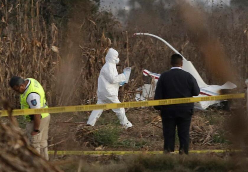 México recluta expertos internacionales para esclarecer fatal accidente aéreo