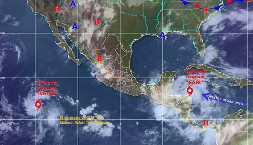 Imagen interpretada y cedida por el Servicio Meteorológico Nacional (SMN) de las tormentas que afectan con lluvias torrenciales a buena parte de la República Mexicana. Según el Servicio Meteorológico Nacional (SMN), los estados del sureste de México se encuentran en alerta ante el avance de la tormenta tropical Earl, que generará lluvias muy fuertes con tormentas intensas y que se localiza a 440 kilómetros al este-sureste de Puerto Costa Maya, y a 480 kilómetros al este-sureste de Chetumal, ambas localidades en el suroriental estado de Quintana Roo (México). EFE