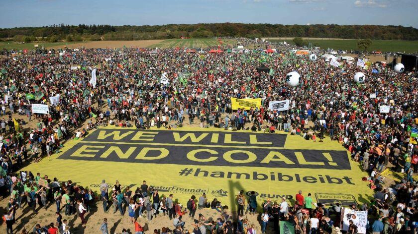 FILES-GERMANY-POLITICS-EU-CLIMATE-VOTE