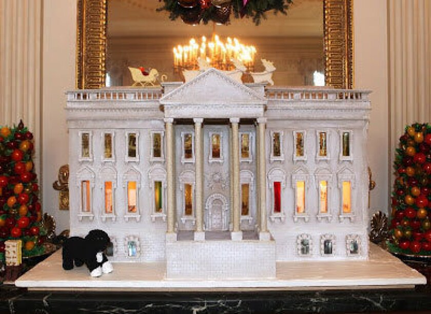 How sweet! Touring the 2012 White House gingerbread house