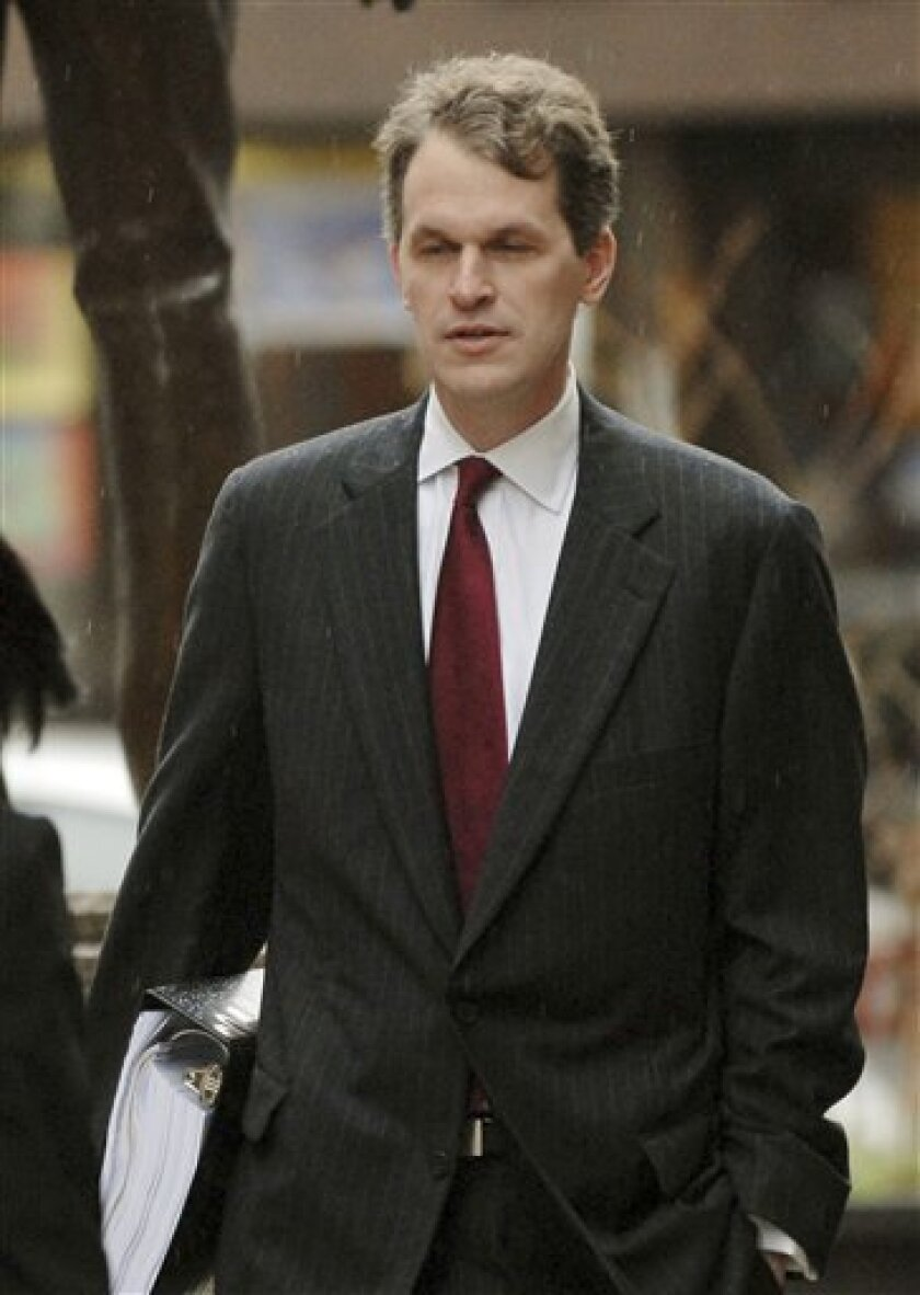 Tribune Co. Chief Financial Officer Chandler Bigelow arrives at Bankruptcy Court Wednesday, Dec 10, 2008, in Wilmington Del. Tribune is the first major newspaper publisher to file for bankruptcy protection since the Internet plunged the industry into a struggle for survival. (AP Photo/Bradley C Bower)
