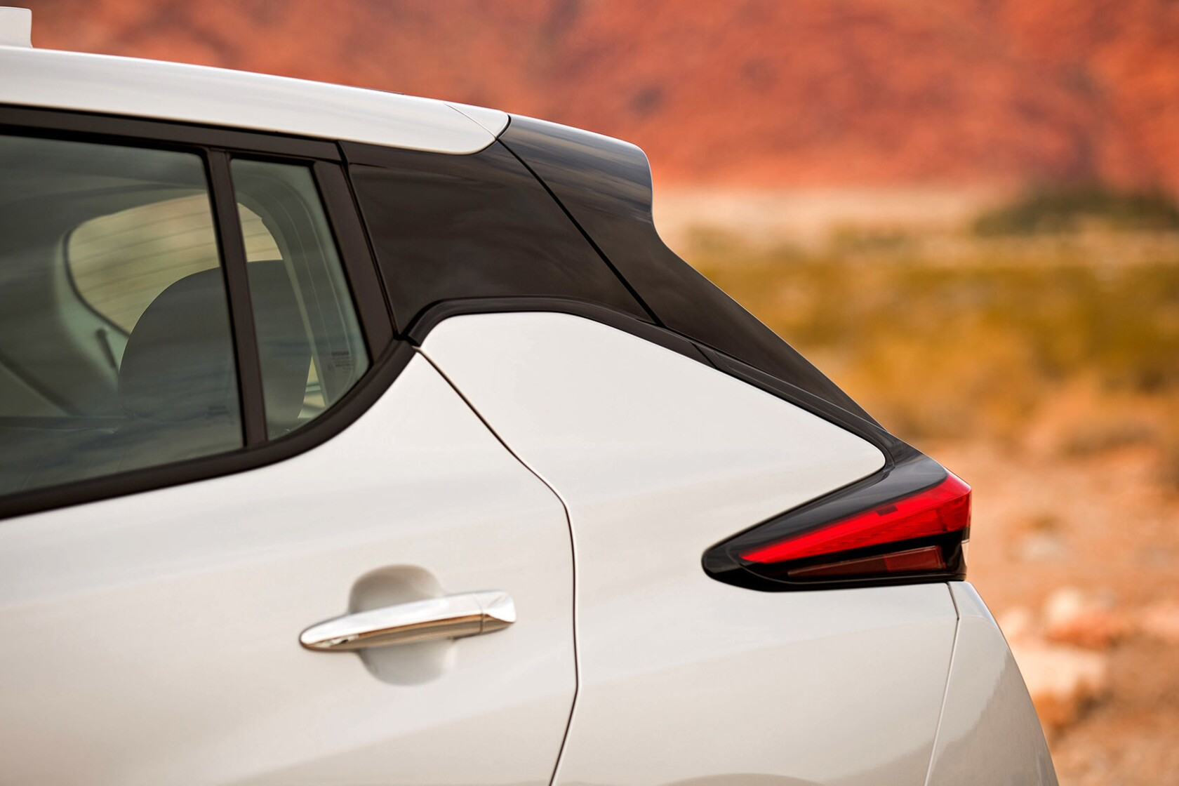 Review: Nissan turns out a new battery electric Leaf - Los Angeles Times