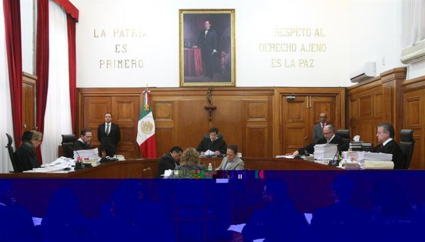 La Suprema Corte de Justicia de la Nación (SCJN) de México resolvió hoy que el Centro de Investigación y Seguridad Nacional (CISEN) deberá revelar a cuántas personas intervino sus dispositivos electrónicos durante 2014. EFE/ARCHIVO