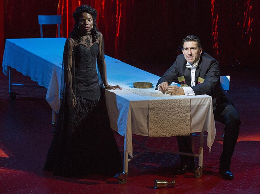 Marsha Stephanie Blake stars as Lady Macbeth and Jonathan Cake as Macbeth under the direction of Brian Kulick.