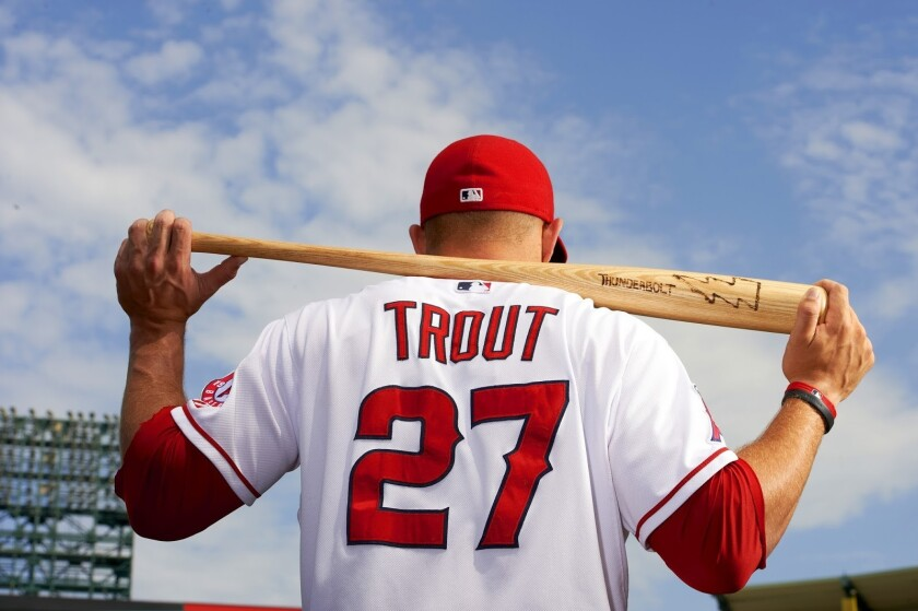 Mike Trout cerró otra temporada con valor de 'Jugador Más Valioso' con el uniforme de los Angels.