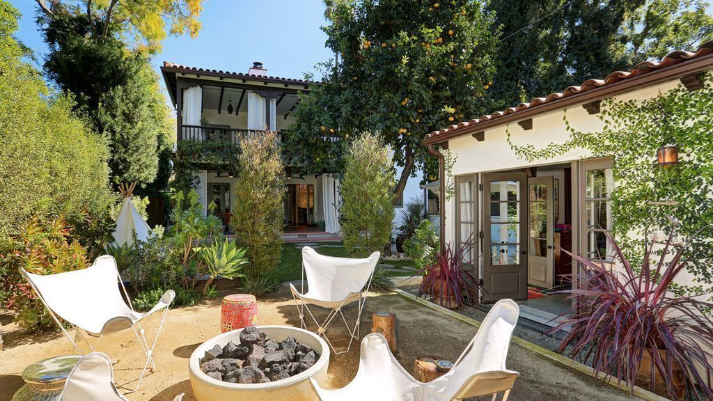 Hot Property | Constance Zimmer