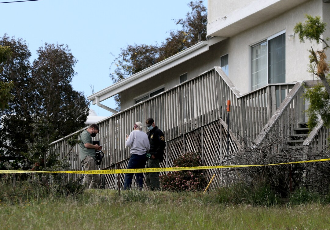 San Luis Obispo Sheriff use a ground penetrating radar to search for the body of Kristen Smart in the yard of Ruben Flores.