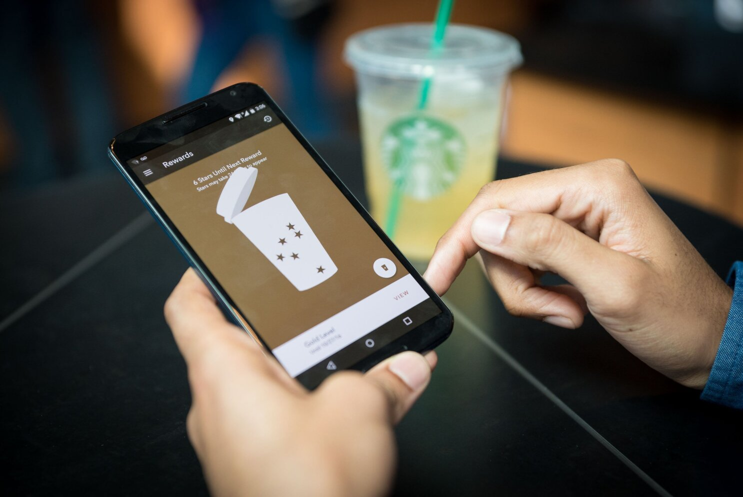 Starbucks rolls out Mobile Order & Pay at locations