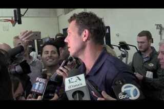 Coach Luke Walton reacts to Lakers selecting Lonzo Ball with No. 2 pick in NBA Draft