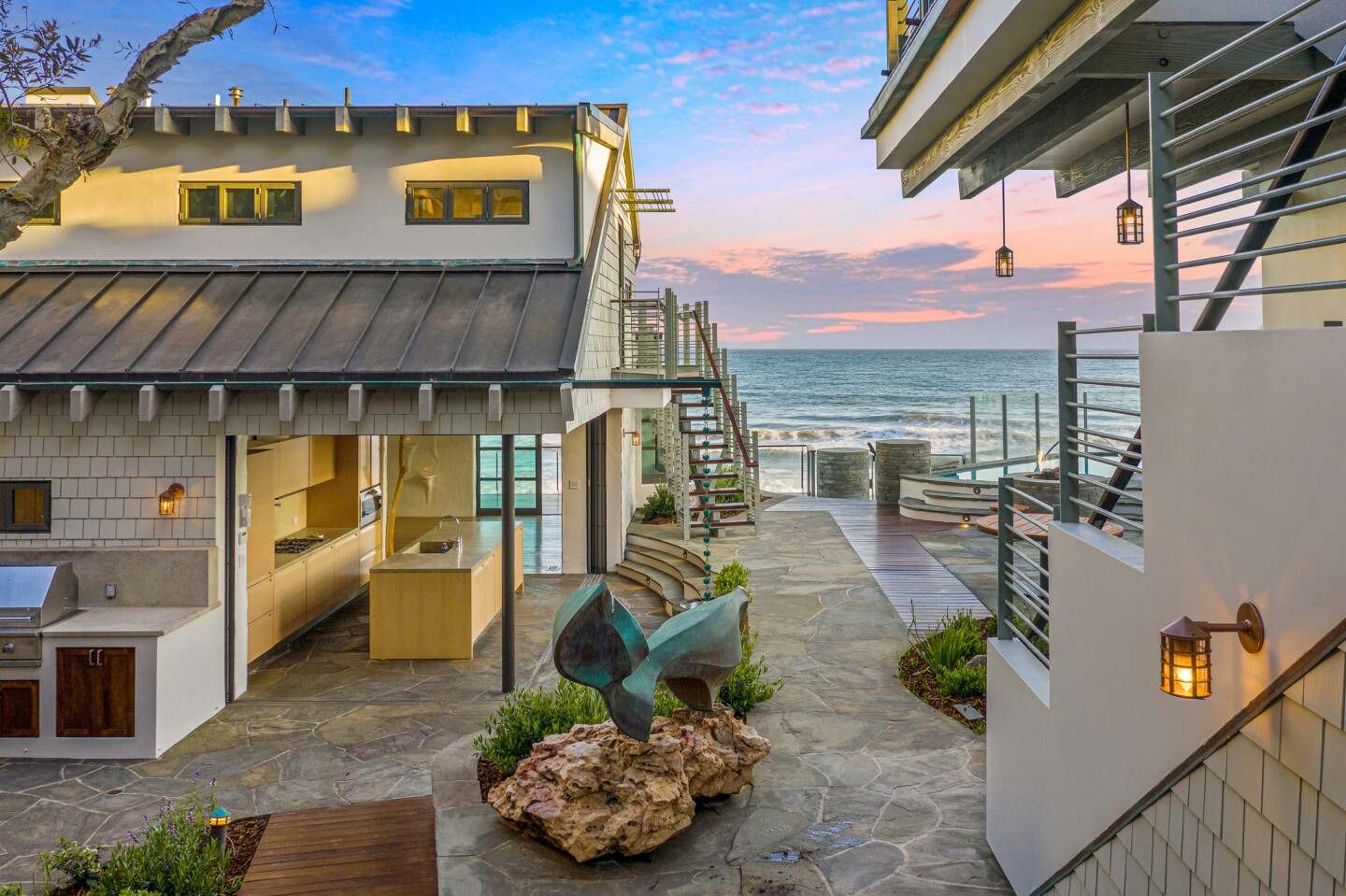 Claudia and Kevin Bright's Malibu home | Hot Property
