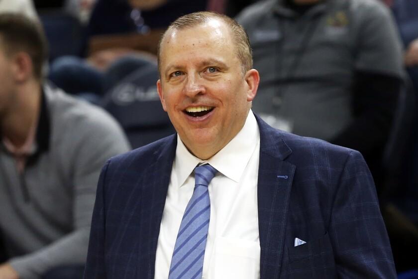 Tom Thibodeau como entrenador de los Timberwolves de Minnesota