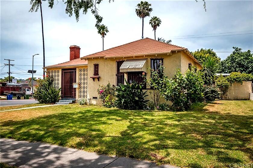 3647 Virginia Road, Los Angeles