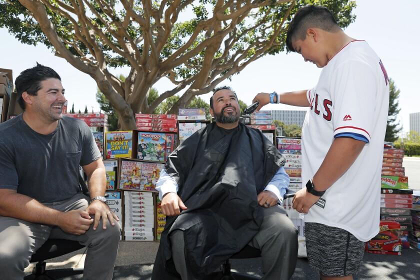 tn-dpt-me-makeawish-head-shaving-20190810-1.jpg