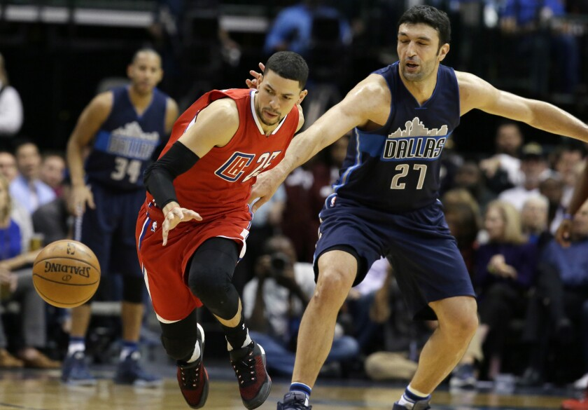 Clippers go scoreless in final minute in 118-108 loss to the Mavericks