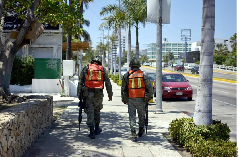 La percepción de inseguridad en el País prácticamente no cambió en diciembre de 2017 en comparación con septiembre del mismo año, aunque sí registró un aumento en varios destinos turísticos, como La Paz, Los Cabos, Cancún y Mazatlán.