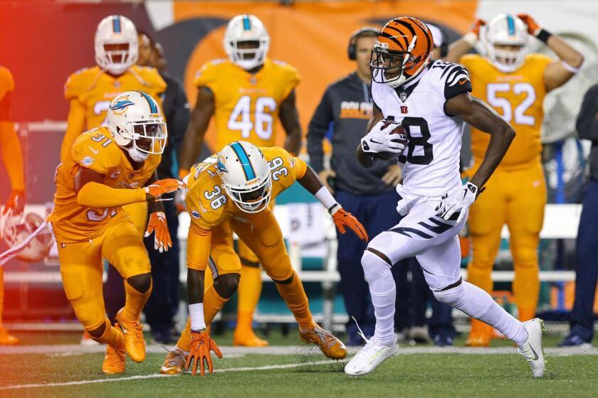El wide receiver de los Cincinnati Bengals , A.J. Green, se recuperó de un juego decepcionante con una actuación dominante — 173 yardas y un touchdown .