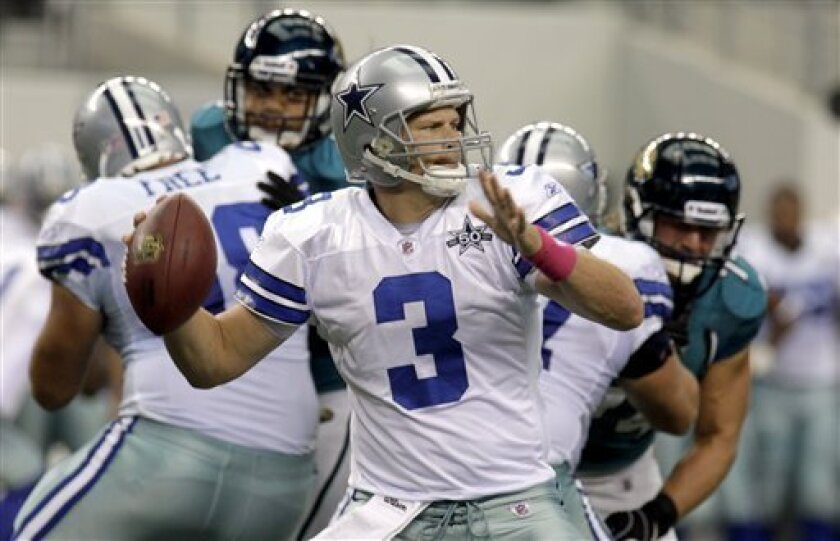 Dallas Cowboys quarterback Jon Kitna (3) looks to pass during the first quarter of an NFL football game against the Jacksonville Jaguars in Arlington, Texas, Sunday, Oct. 31, 2010. (AP Photo/Sharon Ellman)