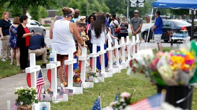 Community comes together to honor lives lost in mass shooting in Virginia Beach