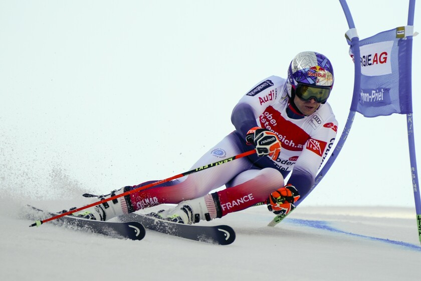 France's Alexis Pinturault competes in an alpine ski, men's World Cup giant slalom, in Hinterstoder, Austria, Monday, March 2, 2020. (AP Photo/Giovanni Auletta)